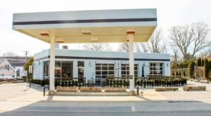 This Restaurant In Connecticut Used To Be A Gas Station And You'll Want To Visit