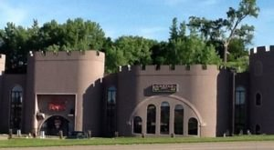 This Castle Restaurant In Iowa Is A Fantasy Come To Life