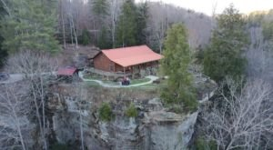 This Clifftop Cabin In Kentucky Offers Unbeatable Views