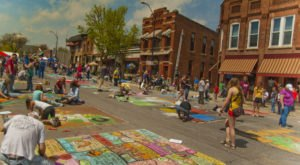 Visit These 7 Artsy Towns In Iowa For A Whimsical Day Trip