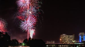 8 Fireworks Displays In Kansas That Put All Others To Shame