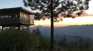 Spend The Night High Above The Trees In This Extraordinary Oregon Fire Lookout