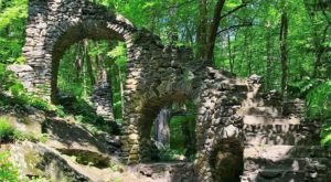 There's A Hike In New Hampshire That Leads You Straight To An Abandoned Castle
