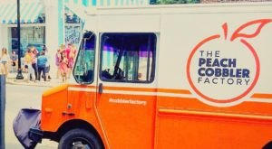 Nashville Has A Peach Cobbler Food Truck, And It's Everything You Want This Summer