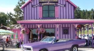 This Purple Pie Shop In South Dakota Is A Sweet Tooth's Dream
