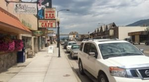 The Unassuming Wyoming Restaurant That Serves The Best Seafood You've Ever Tried