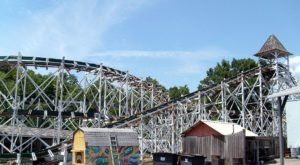 The Oldest Wooden Roller Coaster In America Is Right Here In Pennsylvania And It's Amazing