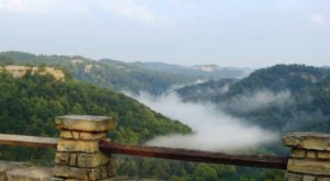 The Kentucky Hike That Leads To The Most Unforgettable Destination