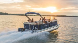 There's A Pontoon Boat Tour In Florida That Will Take You On A Water Adventure Like No Other
