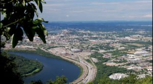 The Breathtaking Overlook In Tennessee That Lets You See For Miles And Miles