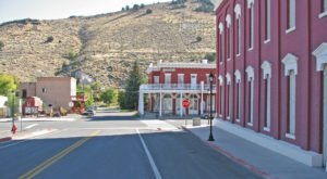 A Day Trip To The Friendliest Town In Nevada Is Full Of Charming Surprises