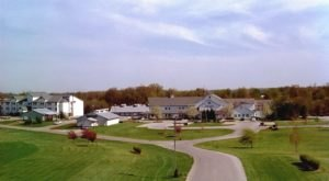 This Indiana Amish Village Is An Old World Paradise You'll Never Want To Leave