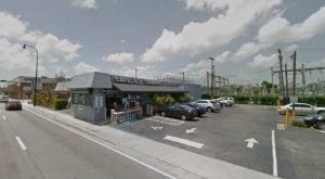 A Gargantuan Cheeseburger Can Be Found At This Under The Radar Florida Restaurant