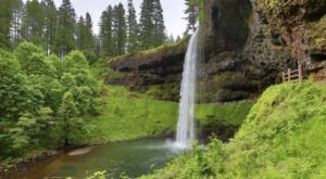 The Hike In Oregon That Takes You To Not One, But TEN Insanely Beautiful Waterfalls