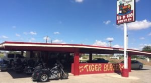 The Quirky Unassuming Drive In Restaurant In New Mexico That Only Locals Know About