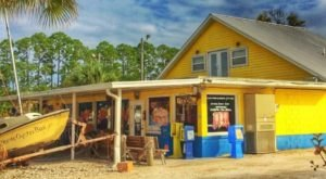 Don't Let The Outside Fool You, This Seafood Restaurant In Florida Is A True Hidden Gem