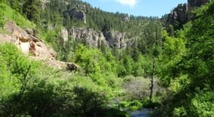 This Small Town Natural Oasis In South Dakota Is Simply Enchanting