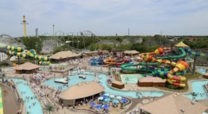 This Magical Water Park In Iowa Has The Most Epic Lazy River In The Midwest