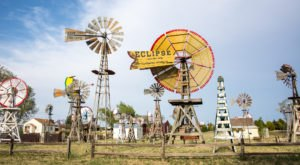 There's A Quirky Windmill Park Hiding Right Here In Oklahoma And You'll Want To Plan Your Visit