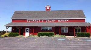 You'll Have Loads Of Fun At This Dairy Farm In Kentucky With Incredible Ice Cream And Sandwiches