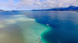 You'll Want To Visit This Awesome Underwater Sandbar In Hawaii Before Summer's Over