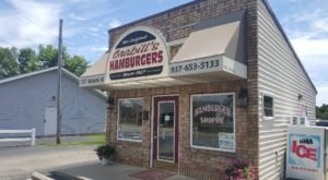 A Tiny Ohio Restaurant With Less Than 10 Seats, Crabill's Serves Scrumptious Hamburgers