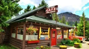 The Remote Cabin Restaurant In Montana That Serves Up The Most Delicious Food