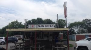 It's Impossible Not To Love This Classic Mississippi Dairy Bar With Old Fashioned Prices