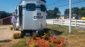 This Ice Cream Trailer In Rhode Island Is The First Of Its Kind And You're Going To Love It