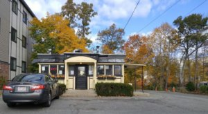 You'll Love Everything About A Visit To The Oldest Diner In Massachusetts