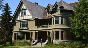 The Stories Behind These 6 Historic Homes In Montana Will Blow Your Mind