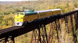 This 24-Mile Train Ride Is The Most Relaxing Way To Enjoy Iowa Scenery