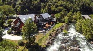 This Historic Mountain Lodge In North Carolina May Be Your New Favorite Hideout