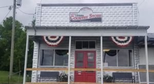 This Historic General Store In Kentucky Just Reopened And You'll Love Its Nostalgia
