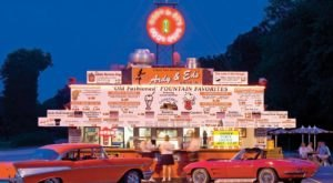 These 13 Wisconsin Drive-In Restaurants Are Fun For An Old Fashioned Night Out