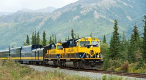 The Spectacular Fall Foliage Train Ride In Alaska You Don't Want To Miss