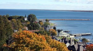 9 Popular Summer Destinations In Michigan That Are Just As Amazing In The Fall