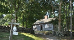 Visit This Working Revolutionary Era Farm In Rhode Island Where Time Stands Still