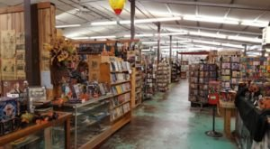 An Enormous Warehouse Of Used Books In Illinois, Old Book Barn Will Be Your New Favorite Destination