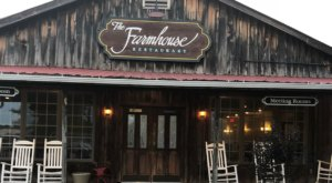 There's A Delicious Steakhouse Hiding Inside This Old Virginia Barn That's Begging For A Visit