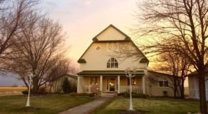 Spend A Weekend At This Nebraska Bed & Breakfast Surrounded By Fall Colors
