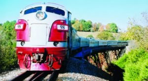 This 40-Mile Train Ride Is The Most Relaxing Way To Enjoy Missouri Scenery