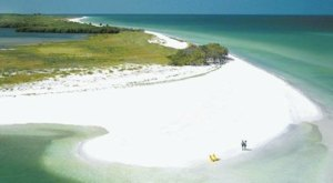 Few People Know You Can Walk To Caladesi Island In Florida