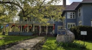 The Historic Bed And Breakfast In Michigan That Feels Like The English Countryside