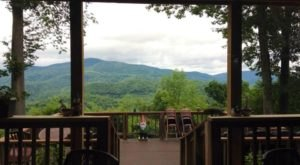 The Scenery At This West Virginia Restaurant Will Enchant You Beyond Words