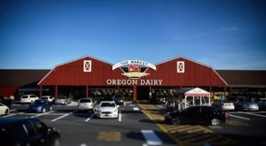 The Farm In Pennsylvania That's A Restaurant, Supermarket, and Ice Cream Shoppe All In One