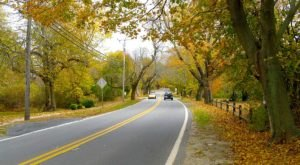 Take A Drive Down One Of Massachusetts' Oldest Roads For A Picture Perfect Day
