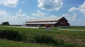 The Gigantic General Store In Iowa You'll Want To Visit Over And Over Again