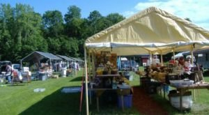 6 Must-Visit Flea Markets In New Hampshire Where You'll Find Awesome Stuff