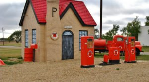 10 Unique Gas Stations In Texas That Are Way More Than A Place To Fuel Up